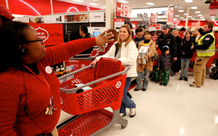 Are Black Friday Shopaholics the Next Super Fans?